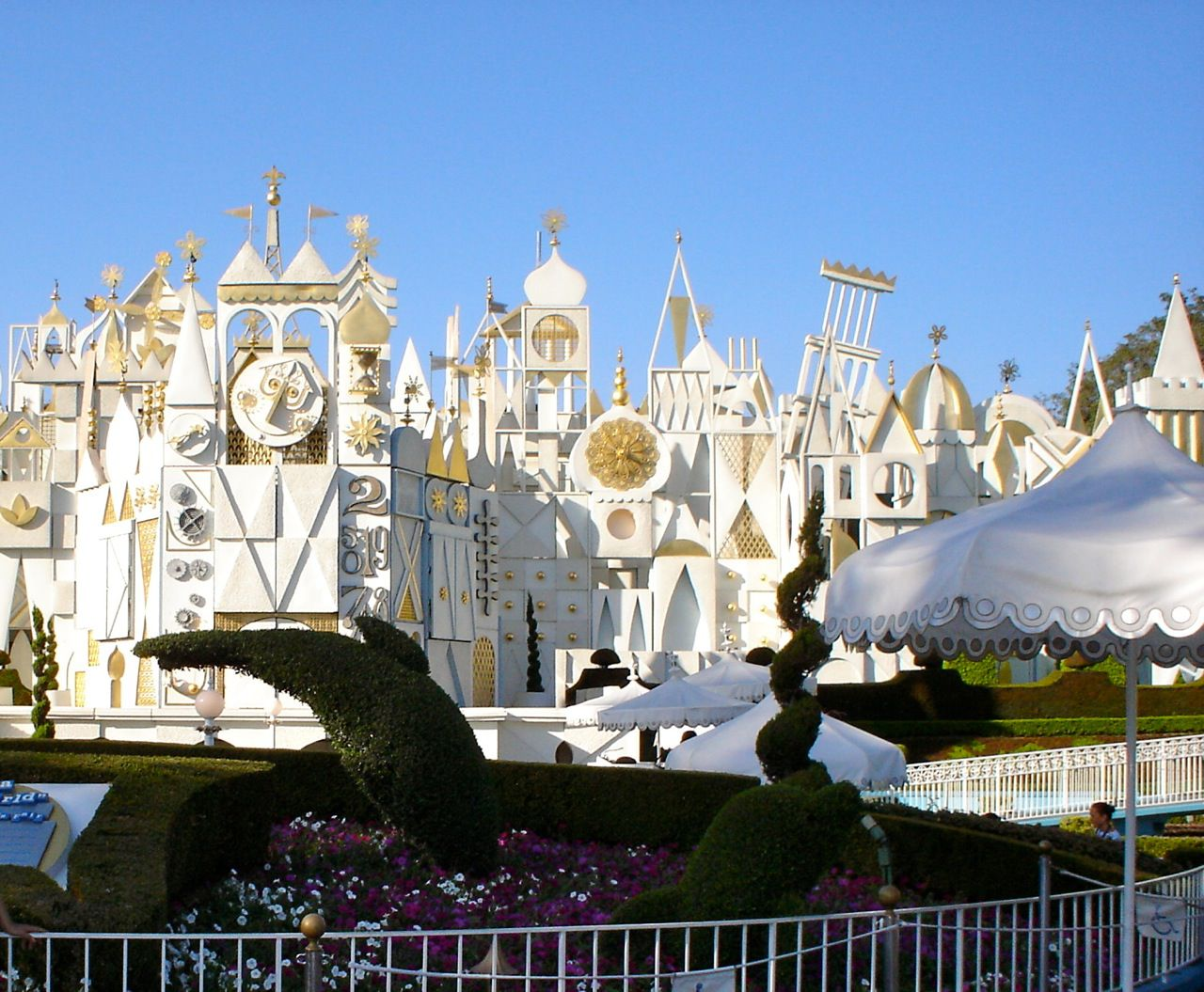 Disneyland - счастливое место